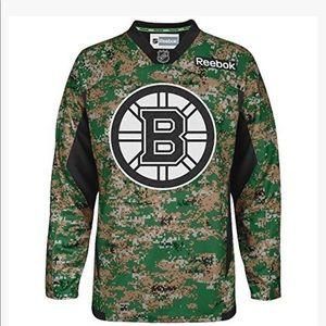 BRUINS REEBOK NHL CAMO JERSEY EUC